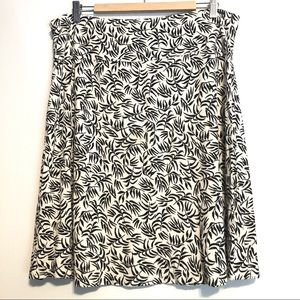 HEMA Midi Skirt Cream and White Size XL